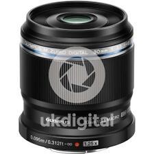 Olympus M.Zuiko ED 30mm f3.5 Macro lens