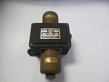 NEW UNITED ELECTRIC CONTROLS VALVE TYPE J6K MODEL 140 5A 5 A AMP 115V 1 1/4 PSI