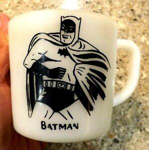 VINTAGE 1966 BATMAN COFFEE CUP MUG MILK GLASS WESTFIELD comics