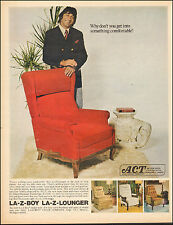 1972 Vintage ad for La-Z-Boy Lounger`Football Star Joe Red Chair. (042617)