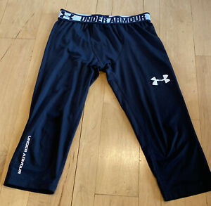 Boys Under Armour Fitted HeatGear 3/4 Length Base Layer Black Leggings Medium