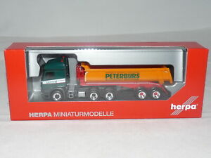 herpa 313766 Mercedes-Benz Arocs 6x4 Rundmulden-Sattelzug Peterburs 1:87 NEU ...