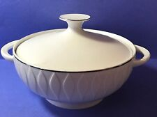 Thomas China (Germany) Lanzette covered casserole with platinum band