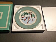 Avon 1975 Christmas Plate Collectible Skaters On The Pond