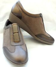 Clarks Artisan Women 6M Shoe Suede Leather Slip-on Wedge Taupe NEW $100