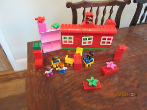 DUPLO LEGO HOUSE BASE BOARD FAMILY KID PLAYFIGURES FURNITURE FLOWER CONSTRUCT BR