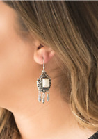 "NEW PAPARAZZI ""OPEN PASTURES"" WHITE STONE EARRINGS"