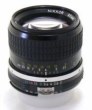 Nikon 85 mm f/2 Nikkor Ai Lens Comme neuf -