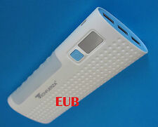 Batteria esterna 6800 mAH 3 USB Power Bank iPad iPhone Samsung Huawei Nexus HTC