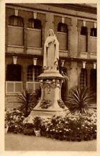 CPA 14 la statue de ste therese pres de la chapelle du carmel de LISIEUX