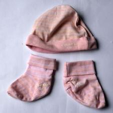 Tolles Original Baby Set Mütze und Socken von Calvin Klein Größe One Size 56 62