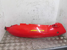 SUZUKI GSXF GSX 600 F KATANA 1999 REAR LEFT SIDE PANEL SEAT TAIL PANEL RED (60C)