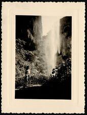 YZ0012 France - Costa azzurra - Cascata - Foto d'epoca - 1952 old photo