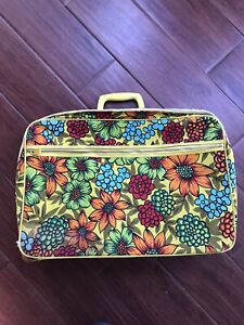 Vintage Bantam Travelware Suitcase Set 60s 70's Floral Pattern Retro Mod