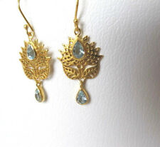 Lotus Blüte Ohrringe mit Blautopaz, 925 Silber vergoldet