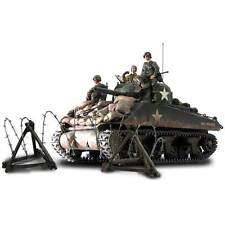 U.S. M4A3 Sherman, Normandy 1944, Forces of Valor 1:16 UNIMAX # 85007