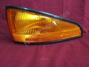 NOS OEM Pontiac Bonneville Side Marker Lamp 1988 - 91 Left Hand