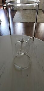 """Wolford Glass Blowing Co. 9""""×3 3/4"""" Glass oil Lamp. Never used. Mint condition"""