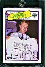 1988-89 TOPPS WAYNE GRETZKY ~Sweater~ #120 *MINT BEAUTY!*
