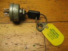 JOHN DEERE 317 KEY SWITCH AM32318