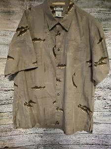 Columbia Mens River Lodge Button Down Shirt Size XL Short Sleeves Fish Lure Map