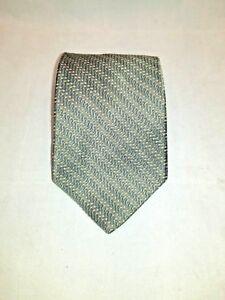 Tommy Hilfiger Green Herringbone Design Classic Silk Men's Tie / Necktie USA