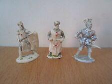 3 soldats chevaliers croisés 40 mm charbens chériléa