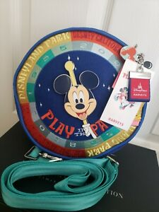 Mickey Mouse Play in the Park Crossbody Bag by Harveys – Disneyland