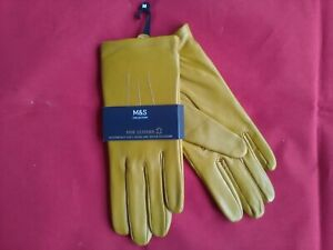 Marks and Spencer Fine Leather Ladies Gloves Medium , new
