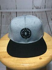 NWT AKADEMIKS-Unisex Logo Embroider Gray & Black Snapback Baseball Cap-Size OSFM