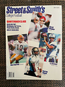 Street & Smith College Football 1991: Near Mint Condition
