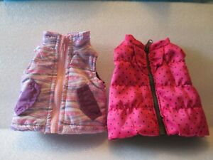 """Lot Of  2 PUFFER VESTS FOR 18"""" DOLL 2PC LOT"""