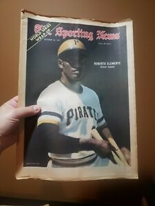 The Sporting News Oct 30, 1971 Roberto Clemente Pittsburgh Pirates No Label