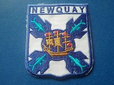 NOVELTY BACKPACKERS FLAG SHIELD SEW / IRON ON PATCH:- NEWQUAY CORNWALL