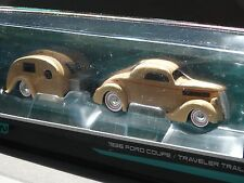 Maisto Tow & Go 1936 Ford Coupe & Travel Trailer 1:64 Scale Diecast Car Camper