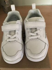 Clarks Trainers, Size 8G , New In Box