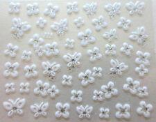Accessoire ongles : nail art , Stickers autocollants, papillons et fleurs blancs
