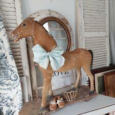 Antikes Nachziehpferd mit Rädern, Frankreich , shabby chic, Schaukelpferd