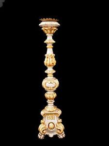 Sehr schöner Altarleuchter, Holz, geschnitzt, vergoldet und versilbert; um 1900