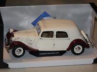 Citroen Traction 11CV 1938 beige-rot 1:18 Solido 118429 neu & OVP