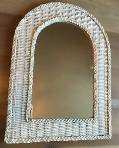 """Vintage Large White Wicker Wall Mirror 24 x 18"""" Domed  Shabby Chic Cottage"""