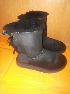 UGG Boots ladies Mid Calf Black Size 4.5 ,In Excelle Conditions