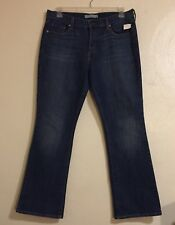 NWT Women's Bootcut Levi's Blue Denim Jeans Size 12 Inseam 32