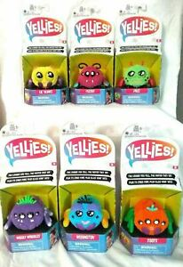 Yellies voice-activated spider pet Choose 1 from 6 Spider Pets Ages 5+