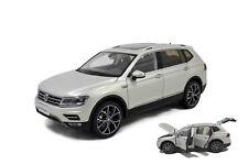 1/18 1:18 VW Volkswagen New Tiguan L 2017 (Silver) DieCast Model Car Paudimodel