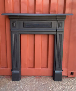 Antique cast iron fire Surround ,, fireplace, Delivery Free  Or 🚚 £35 Most Uk
