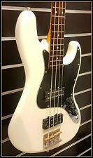 Fender Modern Player Jazz Bass RW Olympic white * New Old Stock * rare!