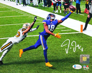 Justin Jefferson Autographed Minn. Vikings 8x10 ONE HAND CATCH- Beckett W *White