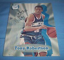 UConn Tony Robertson Signed Autographed 8x10 Photo A