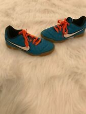 Boys Indoor Soccer Sports Tennis Shoes by Nike Teal & Orange Size 12.5 Ties